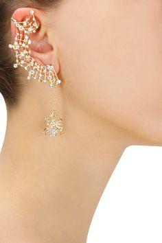 Gold plated crystal web earcuff with spider stud earring set now. Fancy Jewellery, Stylish Jewelry, Cute Jewelry, Fashion Jewelry, Hand Jewelry, Girls Jewelry, Jewelry Design Earrings, Stud Earrings, Wedding Earrings