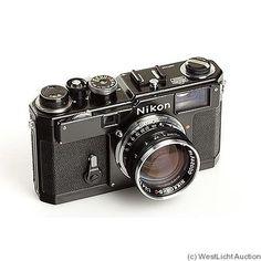 Nikon: Nikon S3 black camera