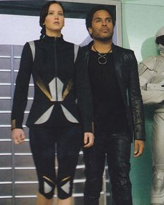 """804 Likes, 2 Comments - Alice In Jlawssic Land♥️ (@smilingkatniss) on Instagram: """"""""If I could, I would bet on you."""" #KatnissEverdeen  #Cinna  #TheHungerGames """""""