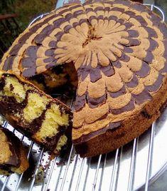 Κέικ ζέβρα !!! ~ ΜΑΓΕΙΡΙΚΗ ΚΑΙ ΣΥΝΤΑΓΕΣ 2 Apple Pie, Tiramisu, Cake, Ethnic Recipes, Desserts, Food, Tailgate Desserts, Deserts, Kuchen