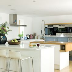 contemporary_kitchen.jpg 550×550 pixels
