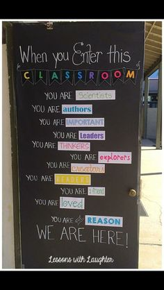 Would be good for doing classroom agreements and our who we are unit. Could have kids make a wordle about their different roles and put it on the door.