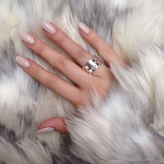expensivelife™ // natural nails CLICK.TO.SEE.MORE.eldressico.com