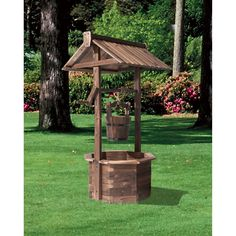 Burnt Finish Wishing Well, Model# XL310 | Lawn Ornaments Fountains| Northern Tool + Equipment