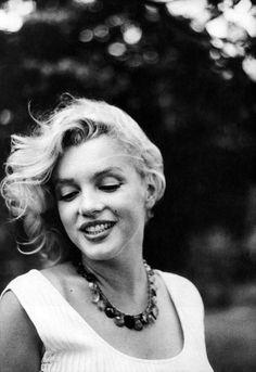 My idol. Miss Marilyn Monroe. Style Marilyn Monroe, Fotos Marilyn Monroe, Marilyn Monroe Poster, Marlon Brando, Sophia Loren, Isabelle Huppert, Jeanne Moreau, Ingrid Bergman, Catherine Deneuve