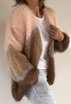 (notitle) Knitting instructions MAiryLin by Astrid Schramm -Knitted sweater with round yoke, multicolored Norwegian pattern and A-cut. Sizes S - XXXL. Knitting Blogs, Knitting Designs, Crochet Cardigan, Knit Crochet, Knit Fashion, Fashion Outfits, Moda Boho, Mohair Sweater, Cozy Sweaters