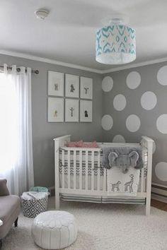 petite chambre bebe fille gris elephant pour un endroit detente et doux  