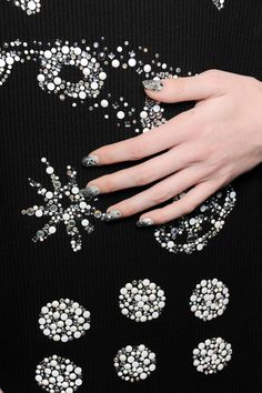 A stunning Glittered Goth mani for #Libertine AW'14