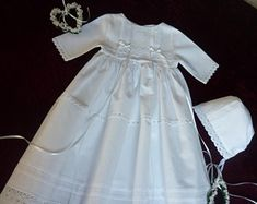 Taufkleider Festkleider für Mädchen von TaufkleiderBARLIDONA Girls Dresses, Flower Girl Dresses, Wedding Dresses, Fashion, Flower Girl Gown, Dresses Of Girls, Bride Dresses, Moda, Bridal Gowns