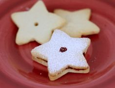 These Shortbread Cookies are soo soo good with hot tea. They are tasty as-is and even better with the raspberry preserves. I made them for Christmas. Christmas Desserts, Christmas Baking, Christmas Cookies, Polish Christmas, Christmas Christmas, Christmas Ideas, Shortbread Cookies, Cupcake Cookies, Cupcakes
