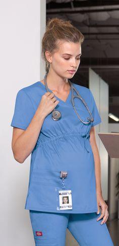 Chapter Tris in her maternity scrubs Maternity Scrubs, Pregnant Nurse, Scrubs Uniform, Medical Scrubs, Nurse Scrubs, Medical Uniforms, Pregnancy Wardrobe, Nursing Clothes, Maternity Fashion