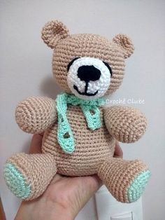 amigurumi passo a passo em portugues ile ilgili görsel sonucu Crochet Bunny, Love Crochet, Crochet Animals, Crochet Toys, Amigurumi For Beginners, Crochet Geek, Amigurumi Toys, Handmade Toys, Pet Toys