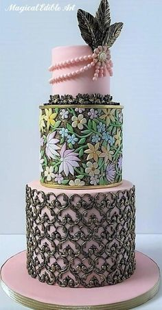Pink Wedding Cakes Stunning cake design in layers. Cupcakes, Cupcake Cakes, Unique Cakes, Creative Cakes, Gorgeous Cakes, Pretty Cakes, Amazing Wedding Cakes, Amazing Cakes, Wedding Cake Inspiration