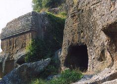Etruscan Tombs - Norchia Viterbo   #TuscanyAgriturismoGiratola