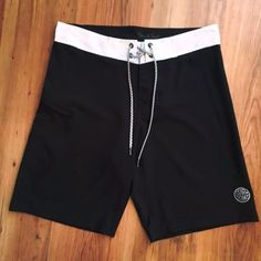 BOARDSHORTS BLACK WATER STAR POINT COLLECTION