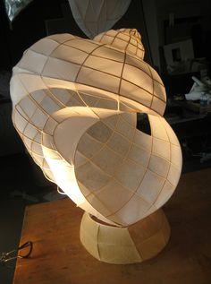 reed and tissue paper sculpture Sculpture Projects, Sculpture Ideas, Paper Lanterns, Paper Lamps, Natural Forms, Cool Lighting, Teaching Art, Paper Art, Paper Book