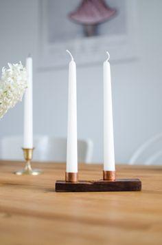 Edelholz trifft auf Kupfermuffen: Stilvolle Tischdeko mit Kerzenständer