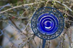 Beautiful glass yard ornament in a friend's yard. Photo by Pat Snyder.