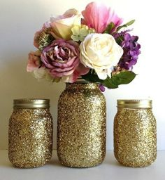 glittery gold Mason Jars #vase #romantic