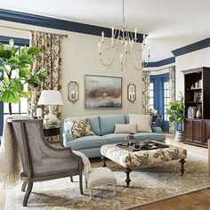 Living Room Designs, Living Room Decor, Mediterranean Style Homes, Living Room Remodel, French Country Decorating, Classic House, Beautiful Interiors, Home And Living, Decoration