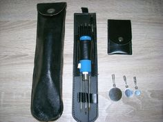STASI Werkzeug Spiegel beleuchtet um hinter Schrank u Hohlräume zu schauen Mfs