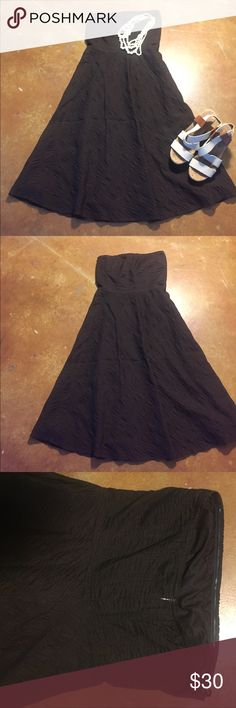 J Crew Flare Dress Price firm unless bundled. Flattering and versatile A-line dress by J Crew. Strapless, with boning in top. Fully lined.Dress only for sale. Accessories for styling only. J. Crew Dresses Strapless