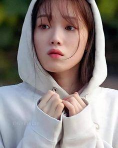 Female Actresses, Korean Actresses, Korean Actors, Lee Sung Kyung Photoshoot, Lee Sung Kyung Wallpaper, Joon Hyung, Romantic Doctor, Korean Drama Best, Weightlifting Fairy Kim Bok Joo