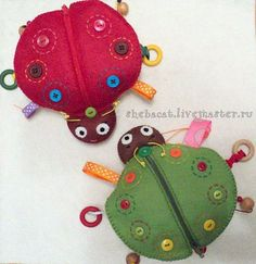 """Brinquedos educativos artesanais.  Mestres Fair - handmade.  Compre chocalhos """"besouros de cor"""" (trabalho do autor).  Handmade.  Beanbag"""