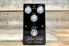 The @suhrcustom Shiba Drive Reloaded Galactic Edition pedal features a solid anodized aluminum housing - powder coated in it's own unique galactic finish. Every pedal is appointed with futuristic knobs, silver nomenclature, and a special laser etched graphic located on the bottom. Get them before they're gone, after all they're out of this world! May The Tone Be With You. #knowyourtone #pedaloftheday #geartalk #guitarfx #toneheaven #tonetalk #tonejunky #rogueguitarshop #toneaholic…