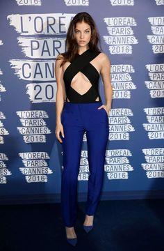Cannes 2016: Barbara Palvin dévoilait un underboob incendiaire hier soir chez L'Oréal
