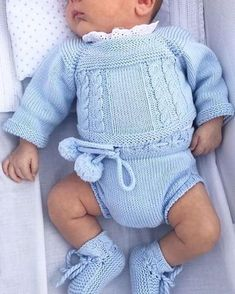 Free baby knitting pattern set including a lace cardigan and booties.This Pin was discovered by ree Knitted Baby Outfits, Knitted Baby Clothes, Cute Baby Clothes, Girl Doll Clothes, Baby Boy Outfits, Kids Outfits, Baby Knitting Patterns, Baby Patterns, Baby Overalls