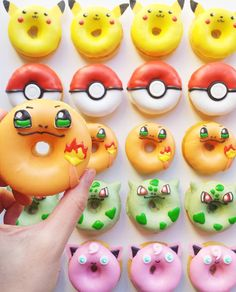 Pokemon Donuts - yes please! Mini Donuts, Fancy Donuts, Cute Donuts, Doughnut, Cupcakes, Cupcake Cakes, Delicious Donuts, Yummy Food, Kreative Desserts