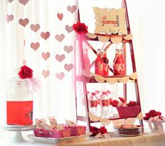 Amanda's Parties TO GO: Valentines Party Table Ideas