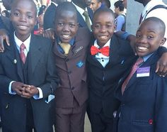 Our faithful young ones! What a blessing from Jehovah! Zimbabwe International Convention of Jehovah's Witnesses, Summer Jehovah S Witnesses, Jehovah Witness, Jw Humor, Matthew 24 14, Kingdom Hall, Bible Truth, Young Ones, Happy People, Heavenly Father
