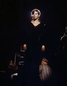 I just think Barbra Streisand is absolutely gorgeous. Woman Singing, Cinema, Barbra Streisand, Beautiful Voice, Beautiful People, Hello Gorgeous, Absolutely Gorgeous, Celebs, Celebrities