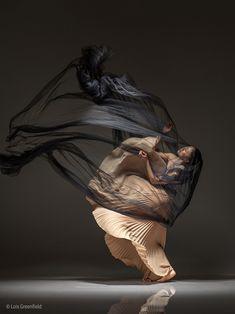 Art of Ballet by Lois Greenfield - Musetouch Visual Arts Magazine Photo D Art, Foto Art, Ballet Photography, Portrait Photography, Photography Workshops, Movement Photography, Photography Kids, Photography Website, Lois Greenfield