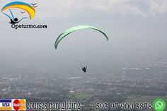Paragliding course Montañita Ecuador Learn to fly through the air only in our paragliding school and feel the adrenaline of the sport.