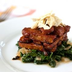 This deceptively light and easy #BBQ #Tempeh + Tangy Power Greens meal whips up in no time. Even meat eaters will enjoy this #vegan meal.