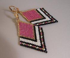 Boucles d'oreilles de perles de graine rose par pattimacs sur Etsy