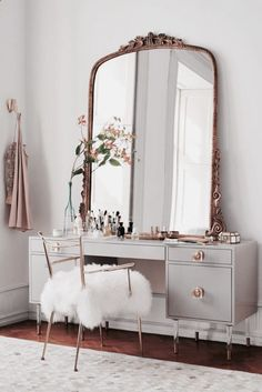 Love this beautiful antique dresser and mirror. Beautiful for a teenage girls bedroom!