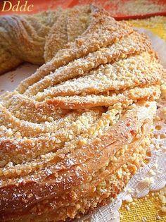 Estonian Kringle e buona Epifania! Bakery Recipes, Cooking Recipes, Estonian Food, Torte Cake, Plum Cake, Bread And Pastries, Sweet Cakes, Savoury Cake, Italian Recipes