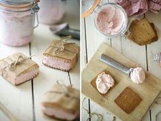 Icecream sandwich!
