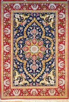 Fine Isfahan Persian Area Rug 5x7   Size: 142 x 217 (cm)      4' 7 x 7' 1 (ft)