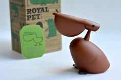 Vintage Royal Pet / PELICAN with Original Box by MinimalismOnline