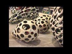 Experience Clay:Jenni Ward, Clay Artist, Ceramics and Pottery Ceramic Techniques, Pottery Techniques, Ceramics Projects, Clay Projects, Ceramic Clay, Ceramic Pottery, Pottery Lessons, Pottery Videos, Clay Texture