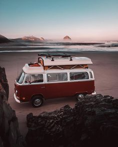 Trendy Ideas for car camping photography vw bus Volkswagen T1, Bus Vw, Voyage Week End, Photo Voyage, Kombi Home, Voyage New York, Combi Vw, Camping Photography, Surf Trip