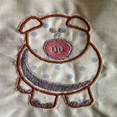 Free Embroidery Design: Pig Applique