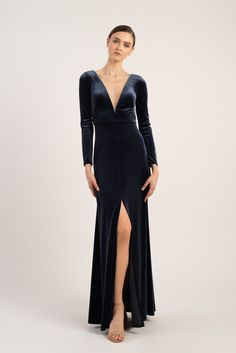 Long sleeve blue velvet gown with plunge neckline  #jennyyoo #velvetdress