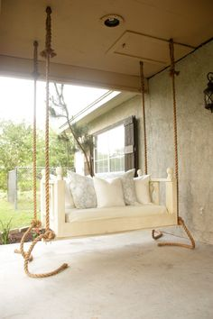 DIY Porch Bed Swing - Free plans just in time for summer swinging!