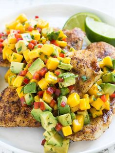 Instructions Heat a grill over medium-high heat. Drizzle the olive oil over the chicken breasts and sprinkle with the chili powder and salt to taste. Click the link for the complete recipe Easy Chicken Recipes, Quick Recipes, New Recipes, Dinner Recipes, Cooking Recipes, Cheap Recipes, Simple Recipes, Dinner Ideas, Breakfast Cookie Recipe